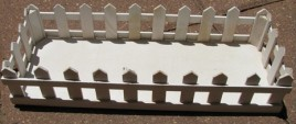 123456PF - White Picket Fence Box