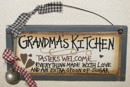 27066GK - Grandmas Kitchen Tasters Welcome Wood Sign