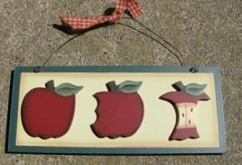 Wood 281 Apple Plaque