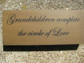 31431GCC - Grandchildren Complete the circle of love wood block