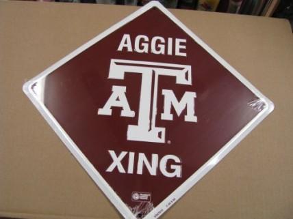 XS67015-Texas A&M L Crossing Metal  Sign