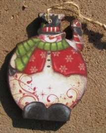 gm2498 - Waving Snowman Wood Ornament