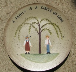 NEW-14 A family is a circle of love wood plate