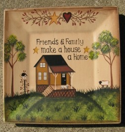 P8SQ3F - Friends & Family make a house a home wood plate